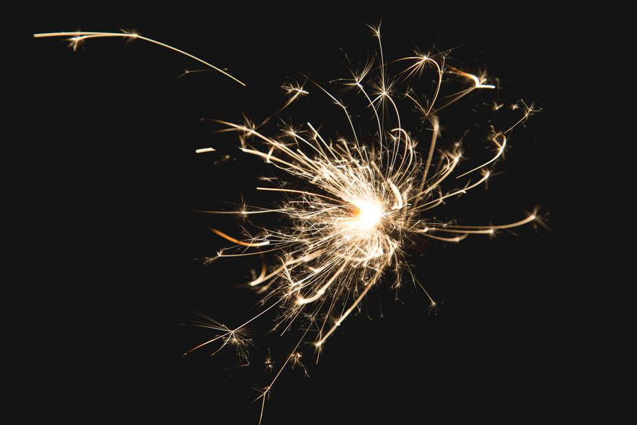 What kinds of fireworks are legal in Illinois? | Illinois